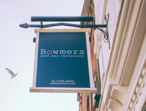Bowmers-Sign