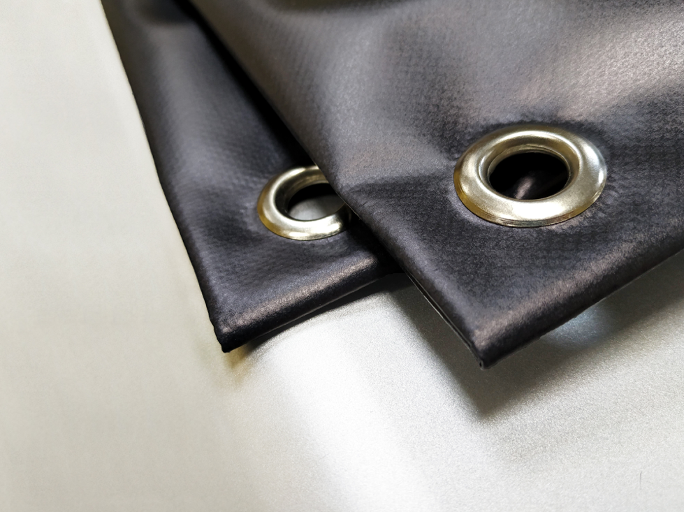Eyelets in banner material