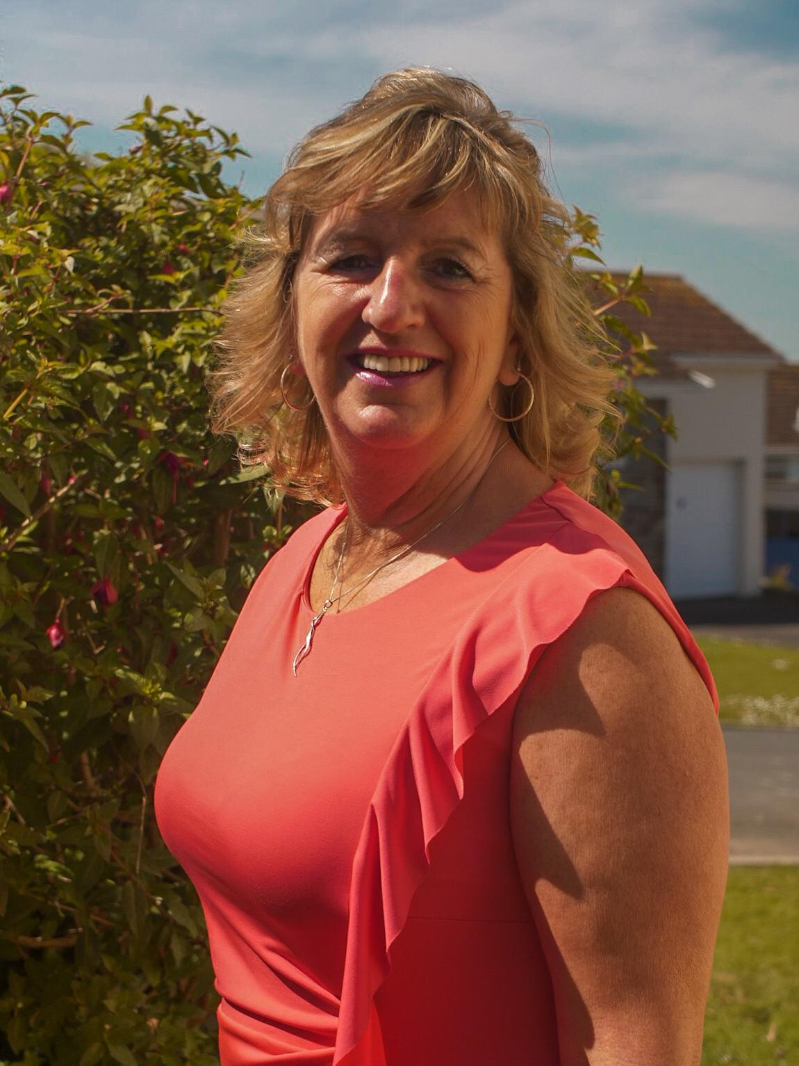 Claire Tucker - Sales Executive