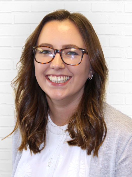 Dani Bennett-Graphic-Designer